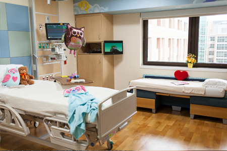 UF Health Shands Children's Hospital room