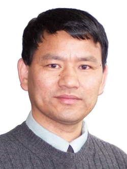 Weihong Tan, Ph.D., a UF distinguished professor of chemistry, professor of physiology and functional genomics, and a member of the UF Shands Cancer Center and the UF Genetics Institute