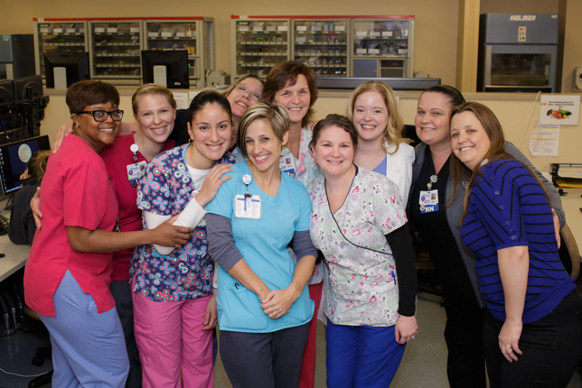 The UF Health Shands Cancer Hospital Surgical/Trauma ICU 4 West Unit nursing team earned a gold-level Beacon Award for Excellence. They were one of six units to have a current Beacon Award in 2016.