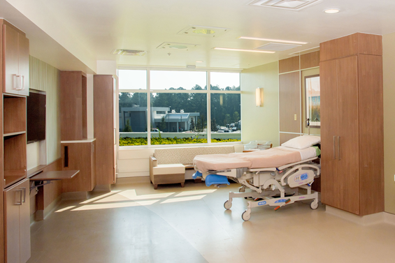 UF Health North labor and delivery suite