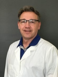 Ralph E. Hamor, D.V.M., a clinical professor of ophthalmology at the University of Florida College of Veterinary Medicine