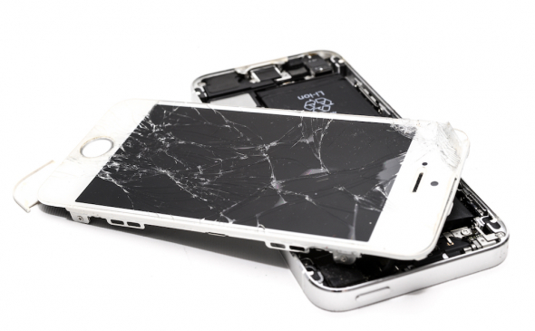 Image of a wrecked iPhone